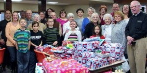 St. Andrew's donated, wrapped and delivered 156 presents to 1st Graders at Oaklawn, Cooper and Pleasantview schools.